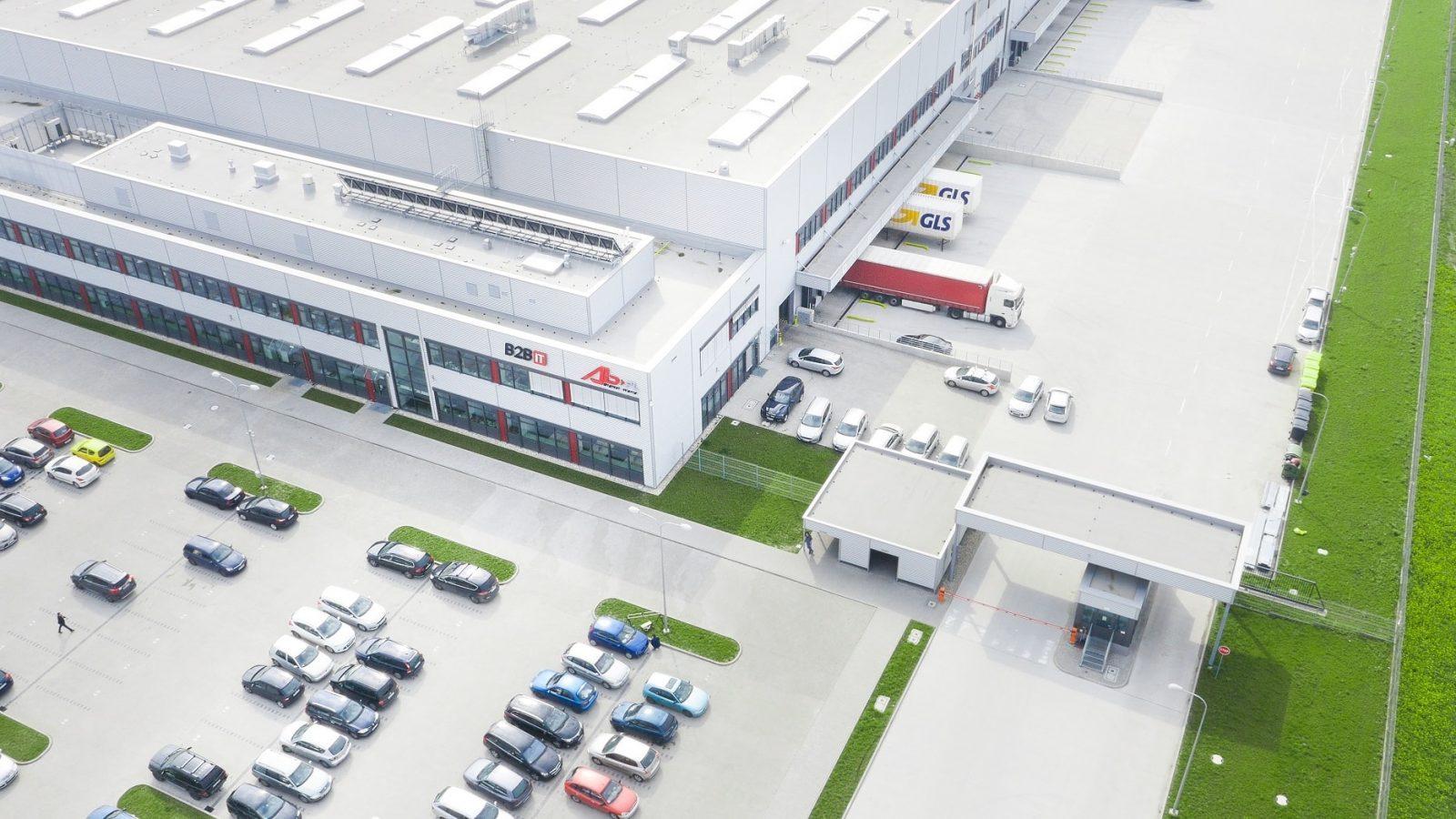 Centrum Logistyczne AB w Magnicach min