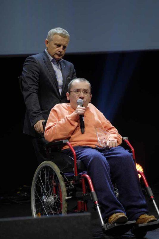 Piotr Lewandowski - założyciel i CEO ParrotOne