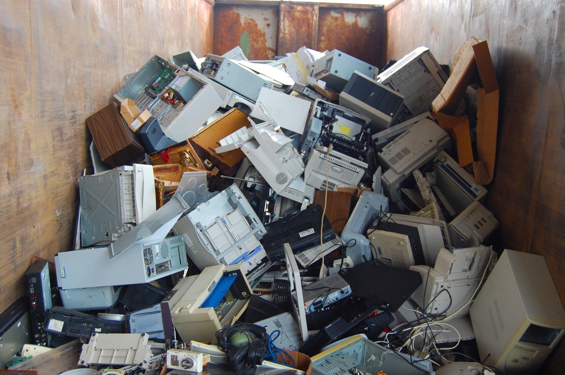 komputer, technologia, śmieci