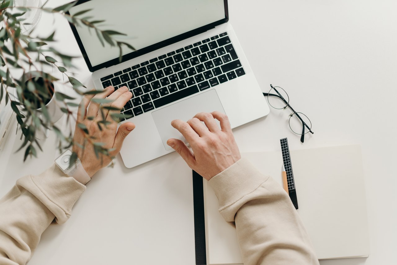 praca, pisanie, content