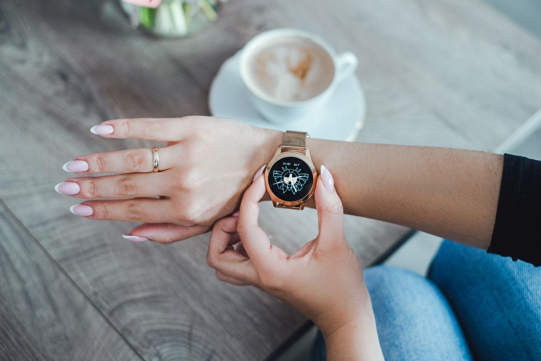 Maxcom FW42, smartwatch
