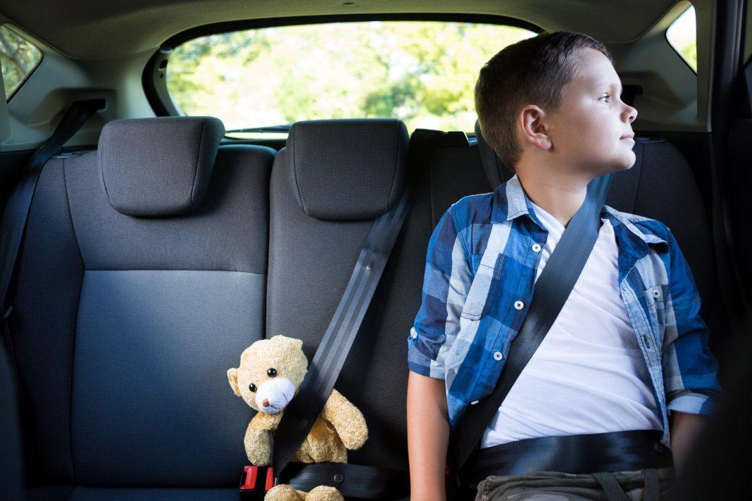 dziecko, auto, bezpieczeństwo, volvo