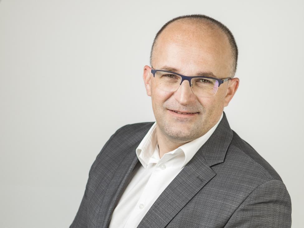 Igor Grdić, vertiv