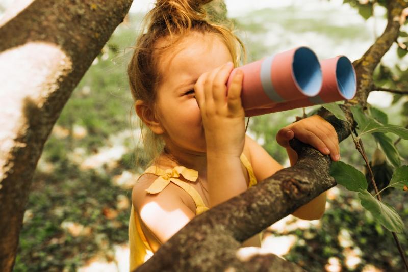 dziecko, wypoczynek, styl życia, las, zabawy z dziećmi