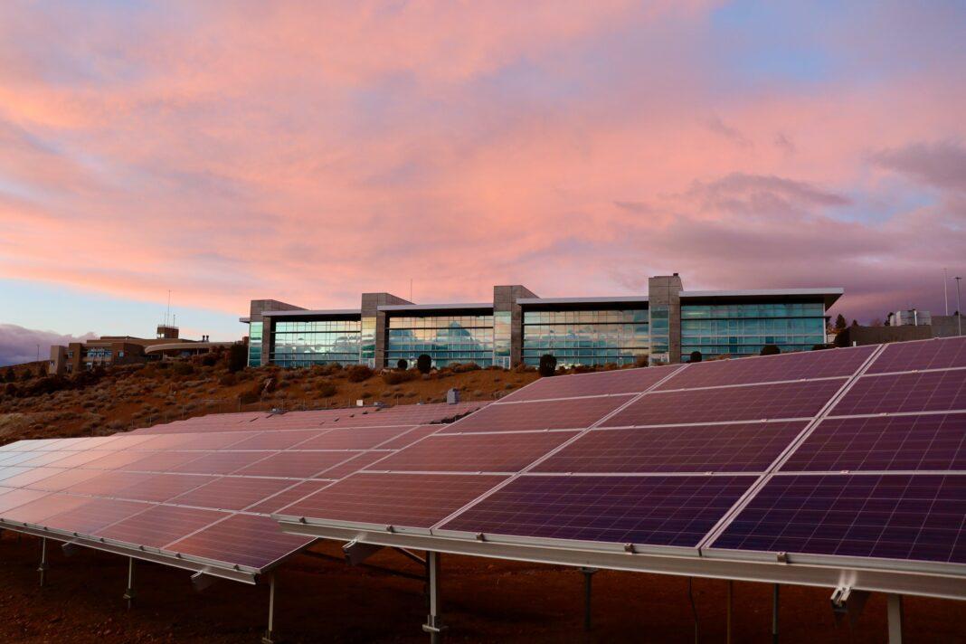 fotowoltaika, oze, Unimot, Photon Energy, odnawialne źródła
